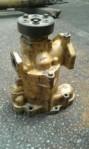 Transmisi + Steering Pump CAT D6H